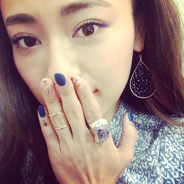 美智子さんみたいなお洒落ネイルにしたい!