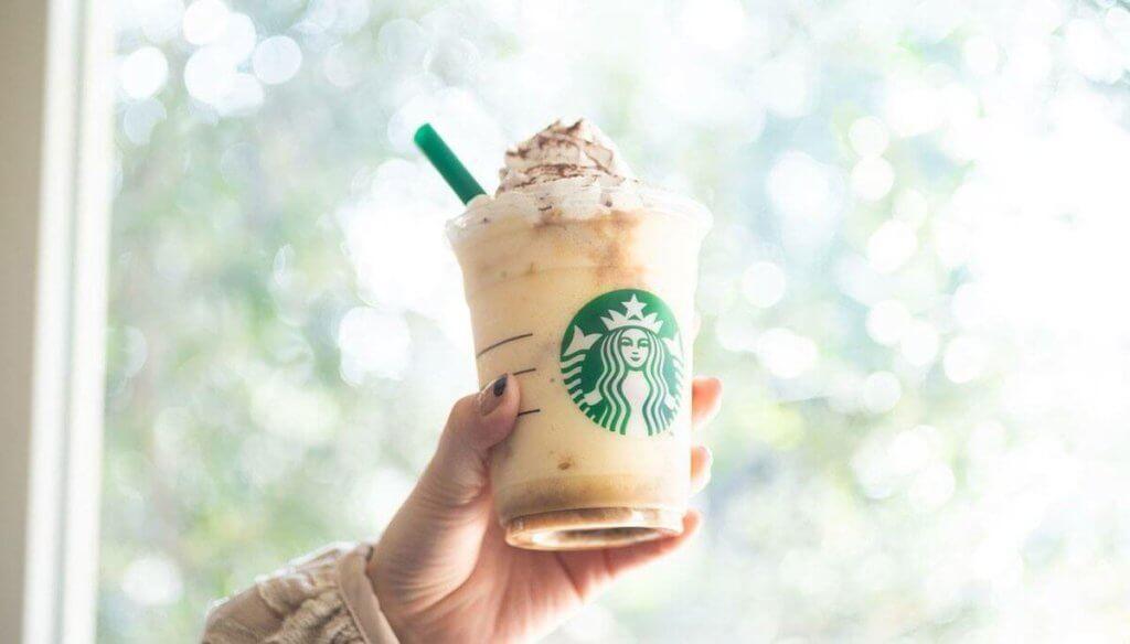 スターバックスコーヒー『フラペチーノ』高カロリー飲料!