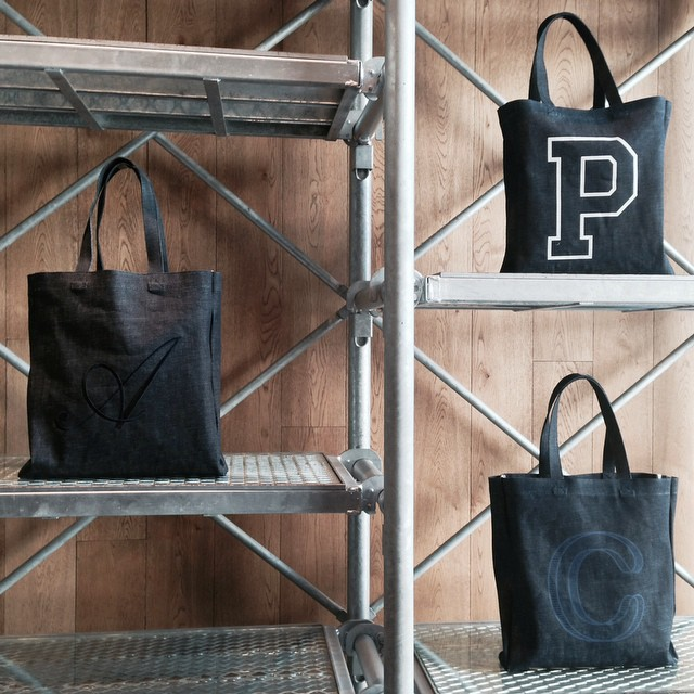 『A.P.C(アーペーセー)』のトートバッグ