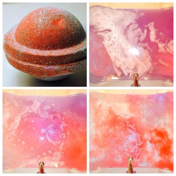 入浴剤で色と香りを楽しむ*