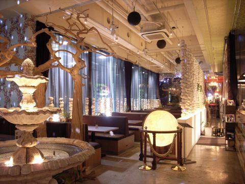 Cafe x Lounge MICROCOSMOS