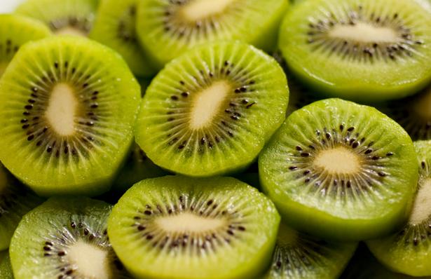 美肌効果のあるフルーツ キウイ
