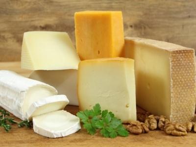 歯を白くする食べ物⑤ チーズ