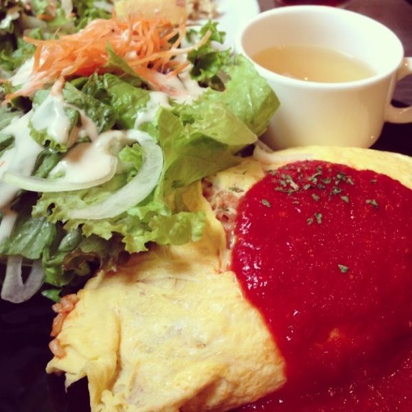roku cafe(ろくカフェ)「昔ながらのオムライス」
