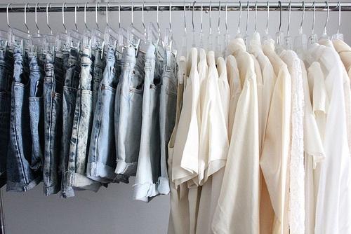 白シャツは保管方法にも注意